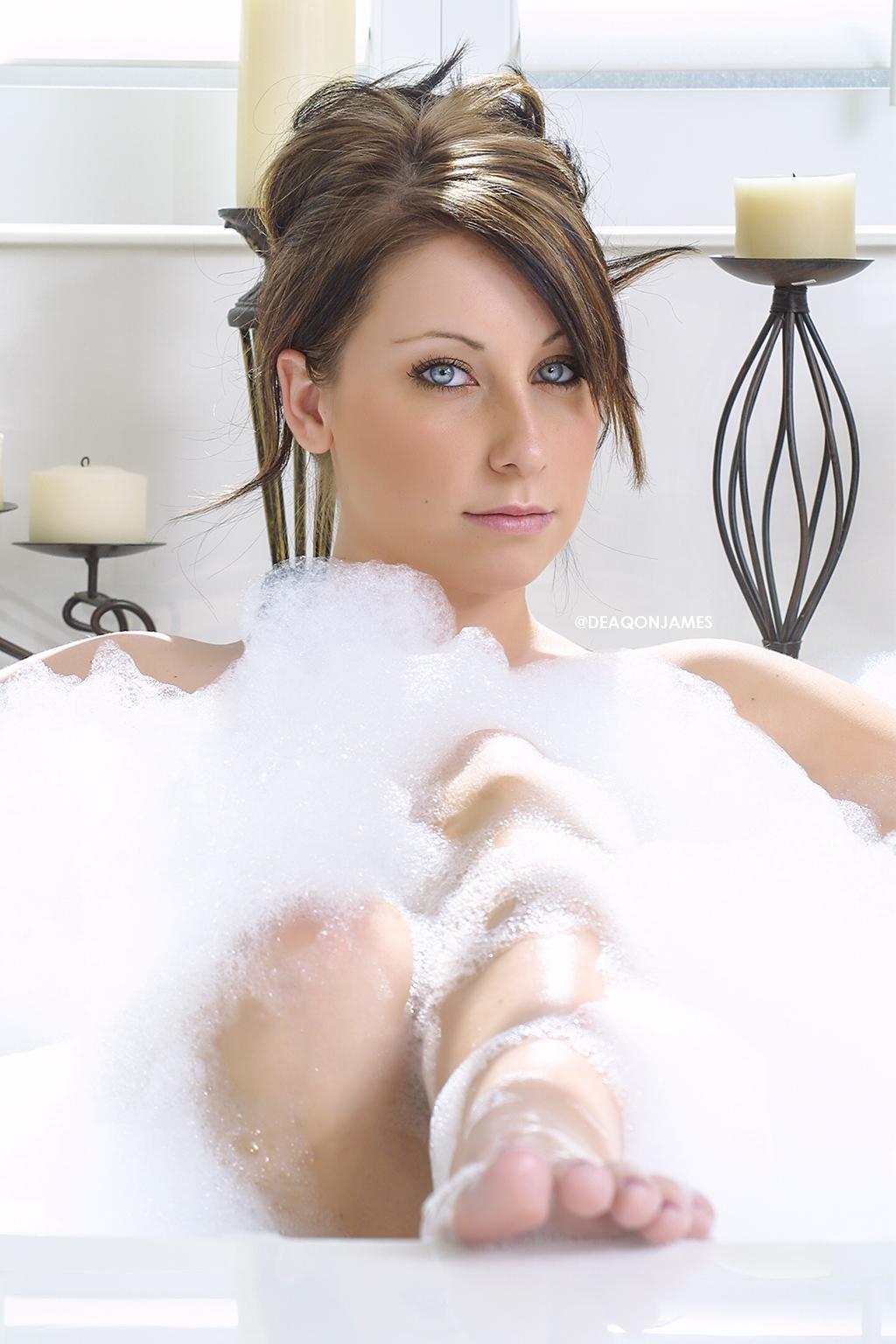 DJTalDiva - Rikki Riegler